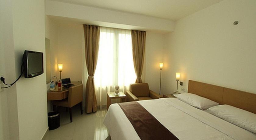Triniti Hotel Jakarta - 4