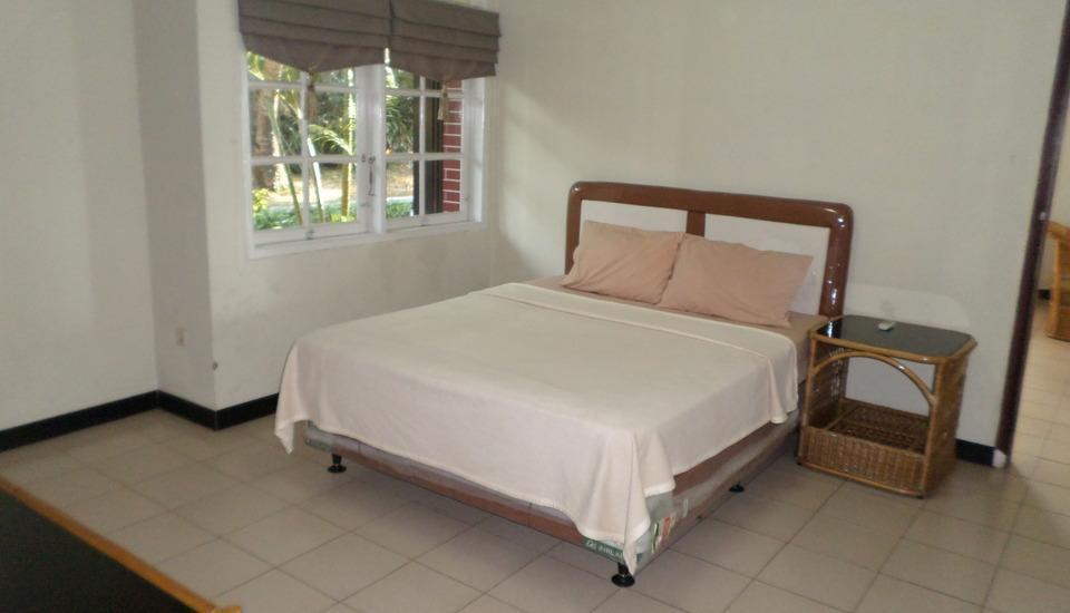 Allisa Resort Hotel Serang - Guest Room