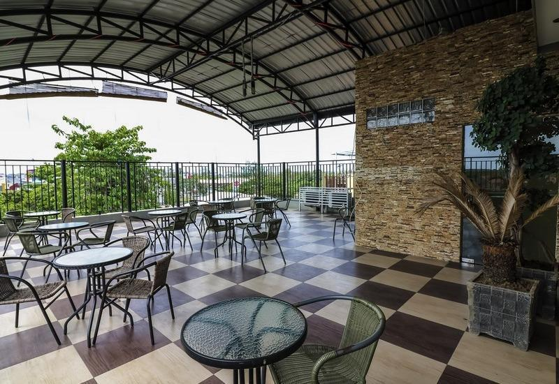 NIDA Rooms Makassar Town Square - Restoran