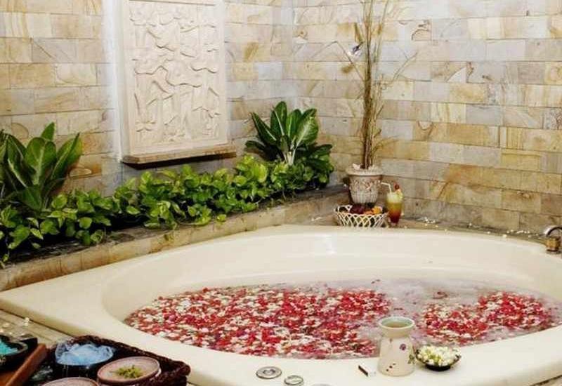Oasis Amir Hotel Jakarta - Jacuzzi