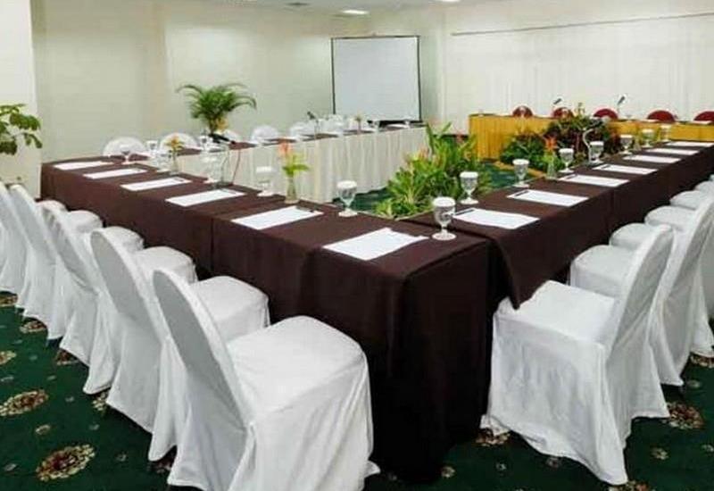 Oasis Amir Hotel Jakarta - Meeting Room