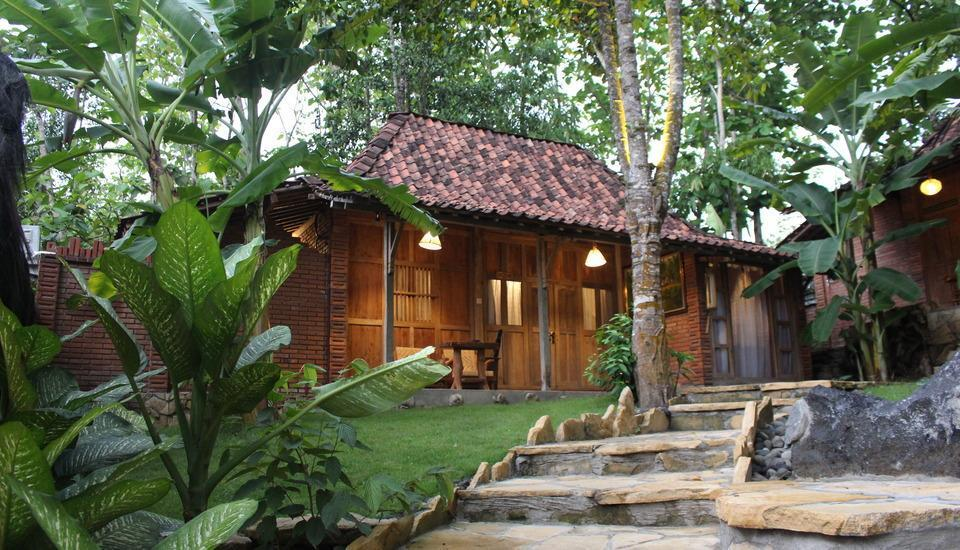 Rajaklana Resort Villa And Spa Jogja - Old Javanese Wooden House Minimal 2 malam Menginap