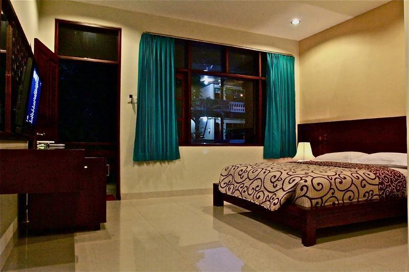 Simpang Inn Bali - Superior Room Only Promo Hot Deal
