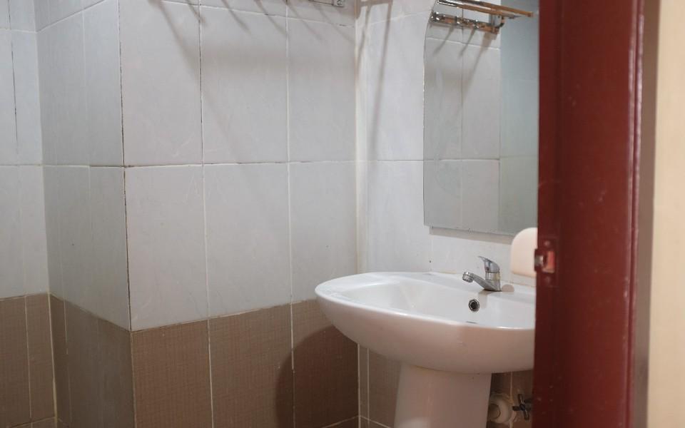 D'Boegis Hotel Jakarta Jakarta - Bathroom