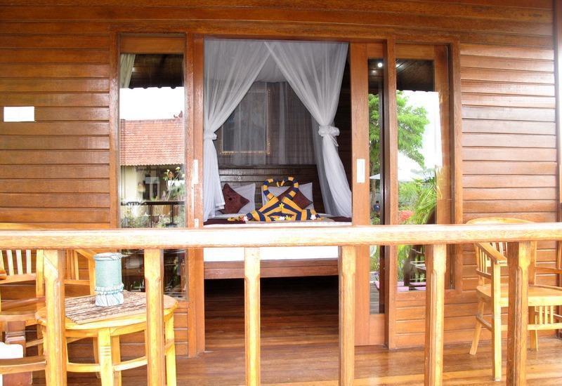 Dmas Huts Lembongan Bali - Balkon