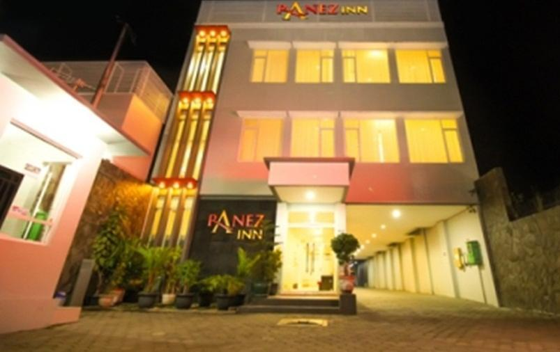 Ranez Inn Tegal - Eksterior