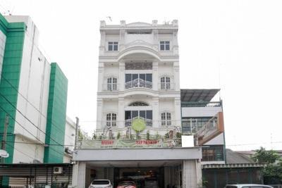 Airy Thamrin Gandhi Medan - others