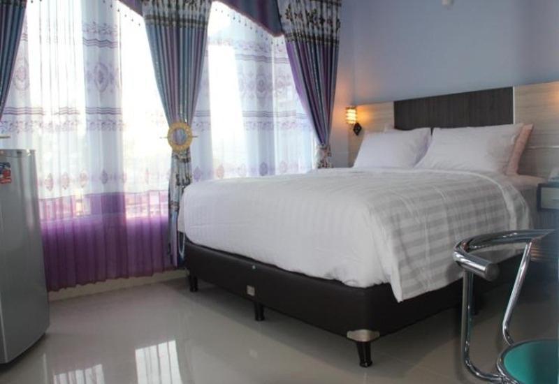 King Suite Hotel Bengkulu - Kamar tamu