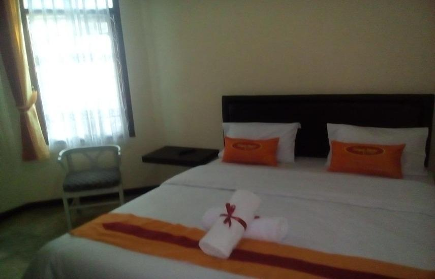 Simply Homy Guesthouse Pasteur Bandung - Standard Double Room With Fan (Check-in before 22.00) Regular Plan