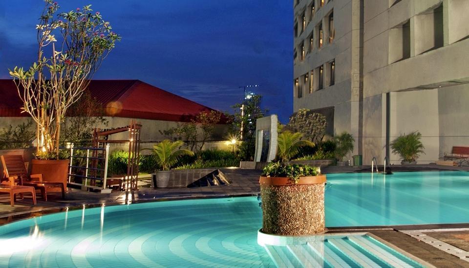 Hotel Bidakara Jakarta - Kolam Renang
