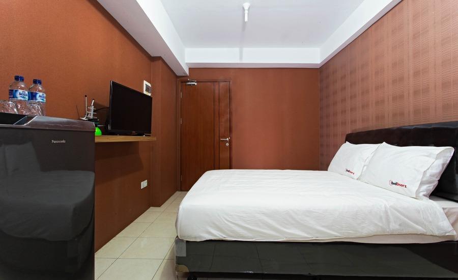 RedDoorz Apartment @Ciputat 2 Jakarta - RedDoorz Room Special Promo Gajian!