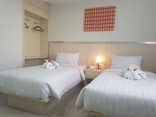 Grand Sayang Park Hotel  Makassar - kamar superior twin
