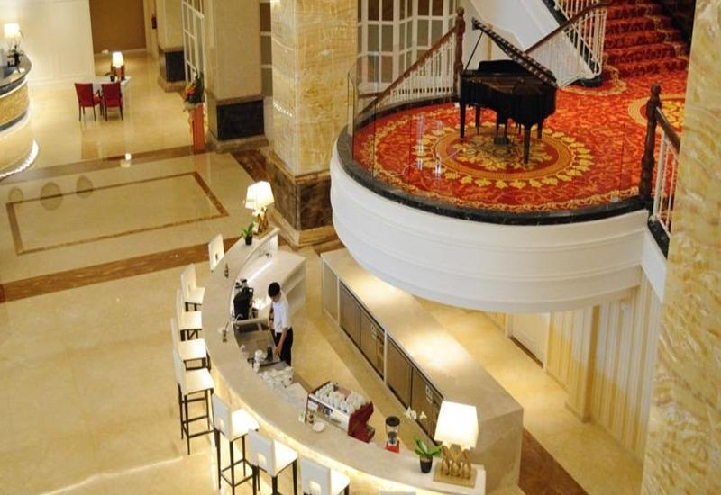 Hotel Adimulia Managed By Topotels Medan - Interior