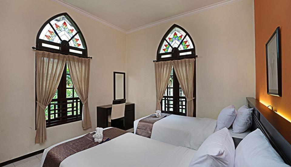 Royal Orchids Garden Hotel Malang - Catalya Deluxe HOT DEAL