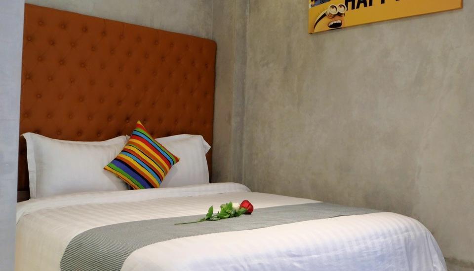 The Batik Bed & Coffee Bandung - Simplicity Room Regular Plan