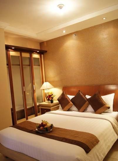 The Majesty Hotel Bandung - Junior Suite With Breakfast Limited Time Offer. Rate includes 15% discount!
