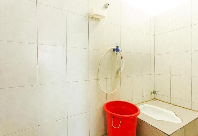 Sentosa 76 Guest House Balikpapan - Kamar mandi