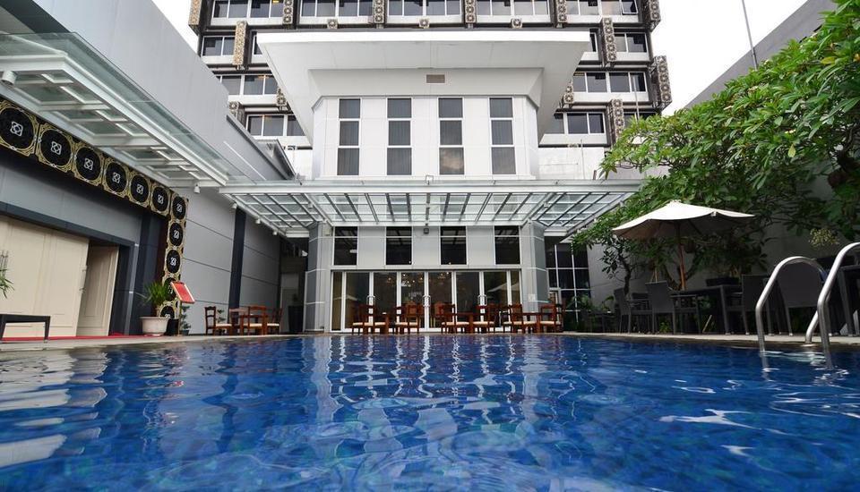 Hotel Horison Pekalongan - Pool