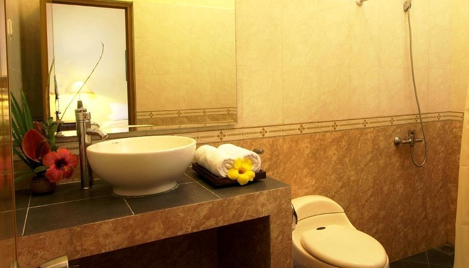 Margo Utomo   - kamar mandi