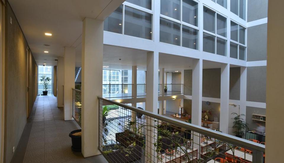 Malaka Hotel Bandung - Interior