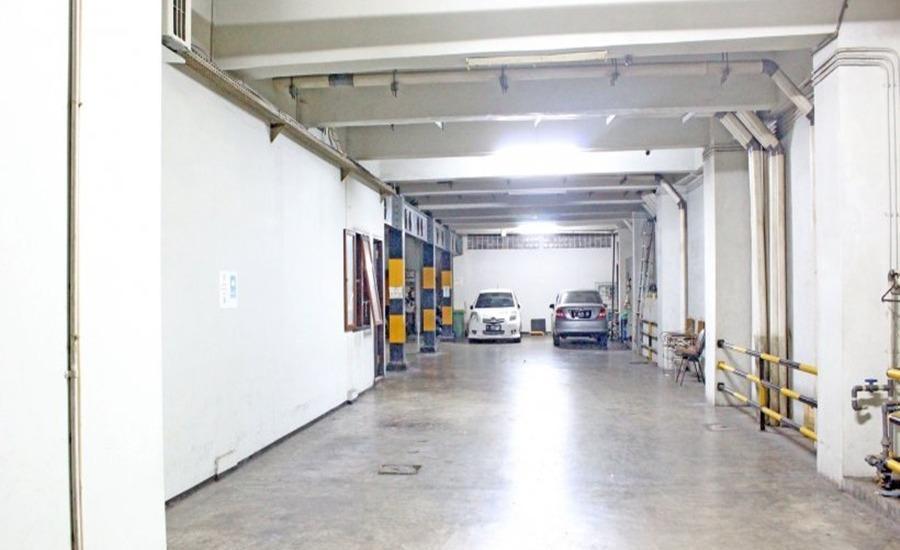 ZenRooms Near Mangga Besar 6 Utara Jakarta - Parkir