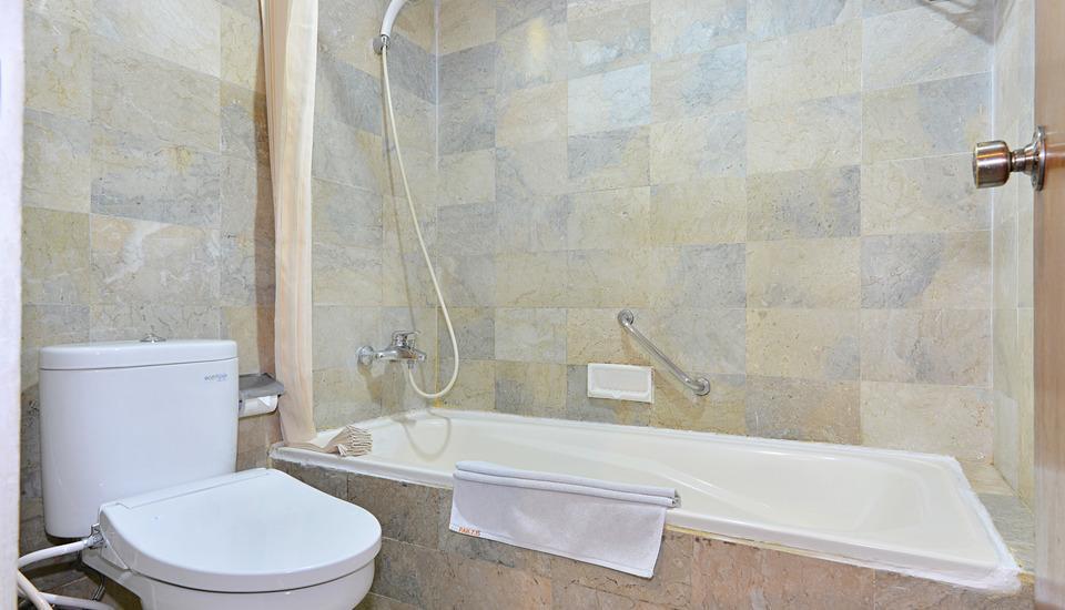 ZenRooms Jogja Cendrawasih Yogyakarta - Kamar mandi