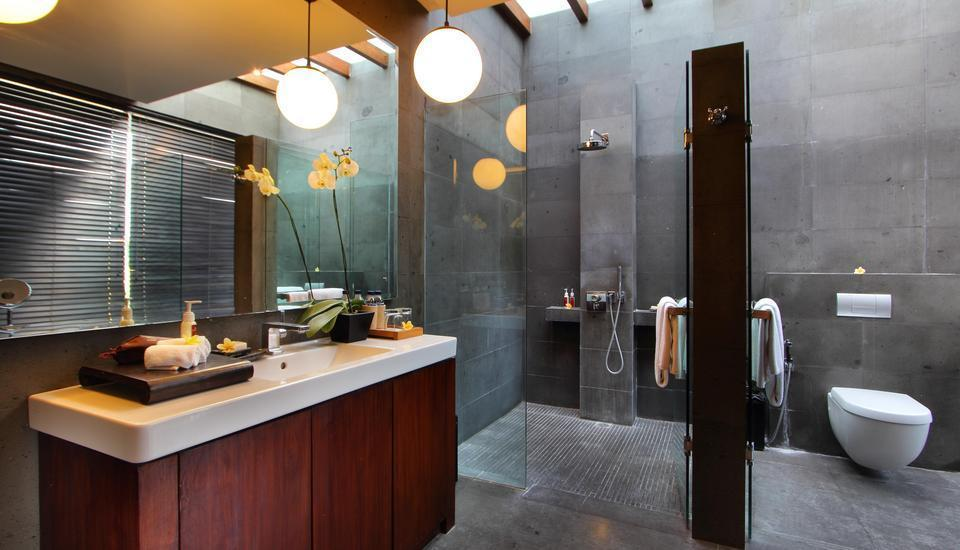Javana Royal Villas Bali - Royal bathroom New