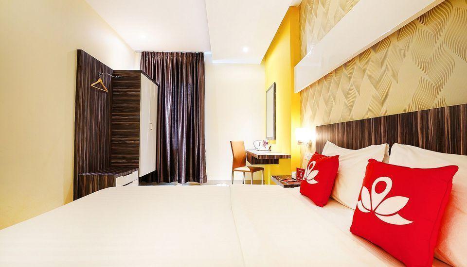 ZenRooms Near Purimas Batam Centre Batam - Tempat Tidur Double