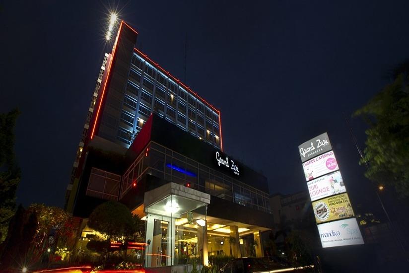 Grand Zuri  Jababeka - Tampilan Luar Hotel