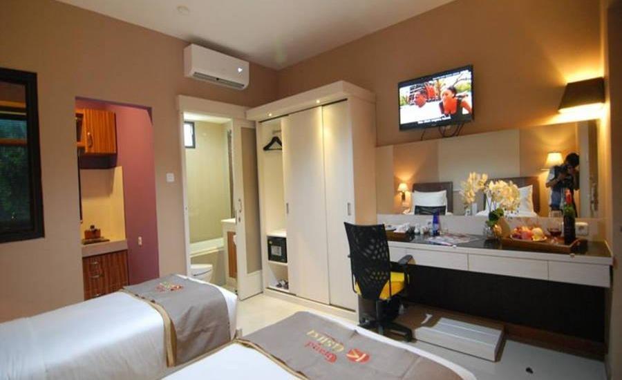Grand Kasira Hotel Kemang - Kamar tamu