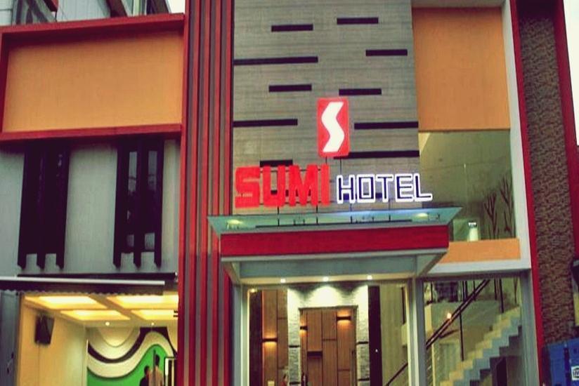 Sumi Hotel Semarang - Tampilan Luar Hotel