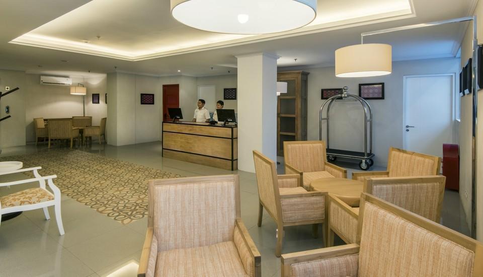 Yan's House Hotel Kuta - Lobby