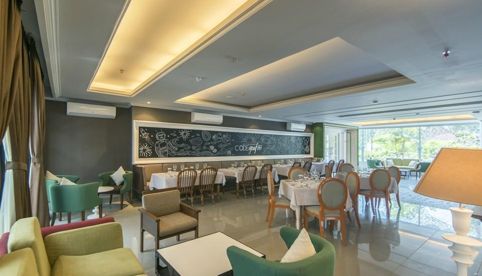 Yan's House Hotel Kuta - Restaurant