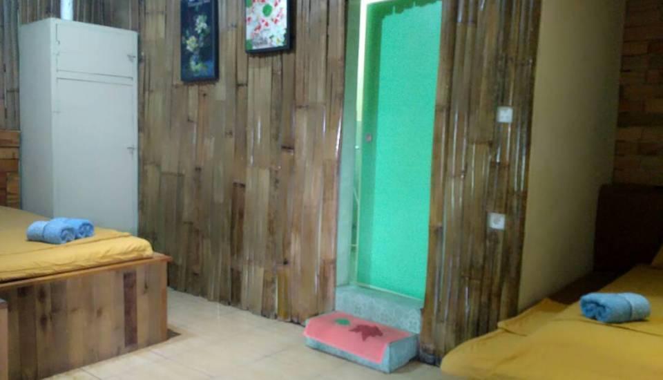 Royyan Inn Medan - Family Room Pegipegi Promo