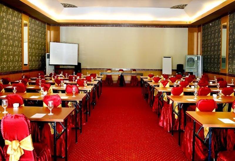 Grand Royal B.I.L Hotel Lombok - Ruang Rapat