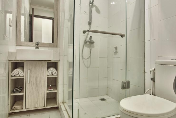 Hotel N3 Jakarta - Superior Double Bathroom