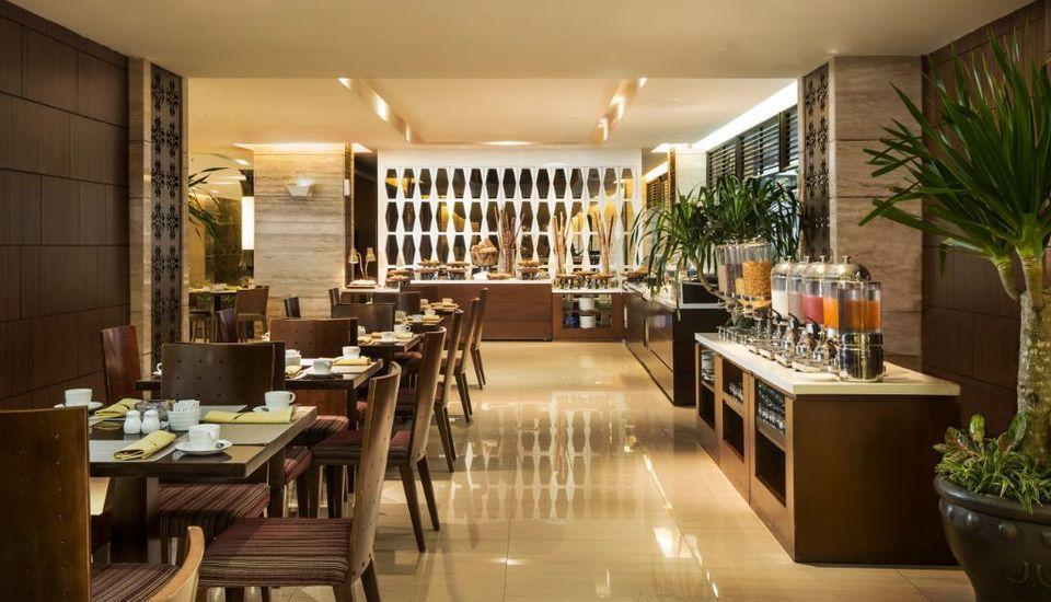 Royal Ambarrukmo Yogyakarta - Restaurant