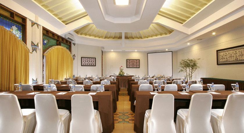 Cakra Kusuma Hotel Yogyakarta - Ruang Pertemuan Kusuma