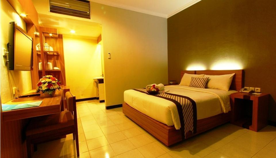 Cakra Kusuma Hotel Yogyakarta - Superior Room - With Breakfast Regular Plan