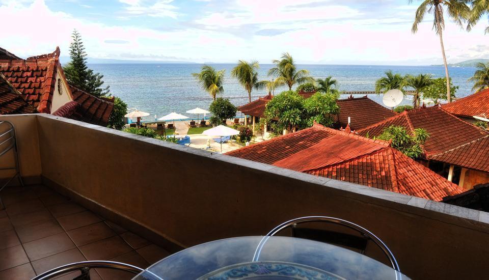 The Bali Shangrila Beach Club Bali - pemandangan dari balkon