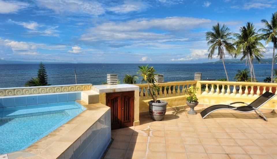 The Bali Shangrila Beach Club Bali - Jacuzzi di puncak gedung