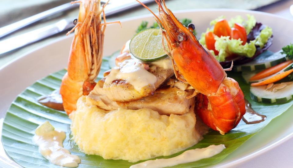 Bali Seascape Beach Club Candidasa - masakan style eropah