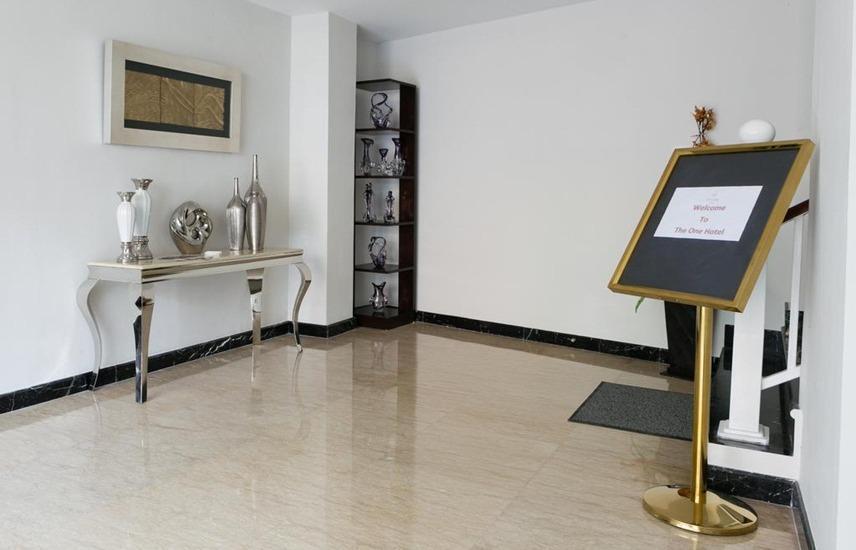 The One Hotel Makassar - Interior