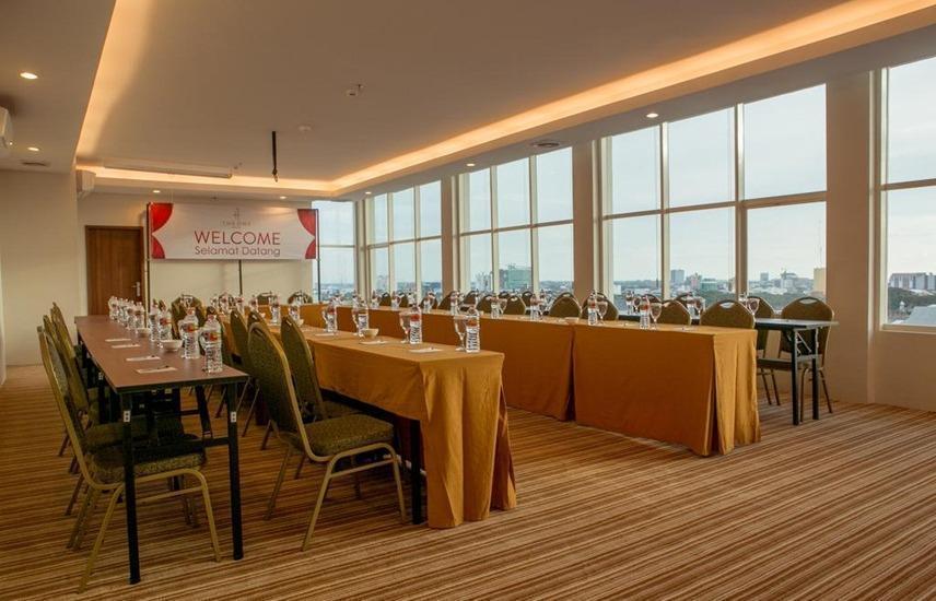 The One Hotel Makassar - Meeting room