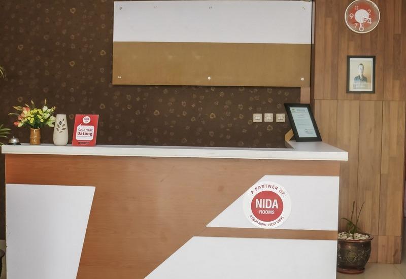 NIDA Rooms Sukajadi Bandung Railway Babakan Jeruk Bandung - Resepsionis