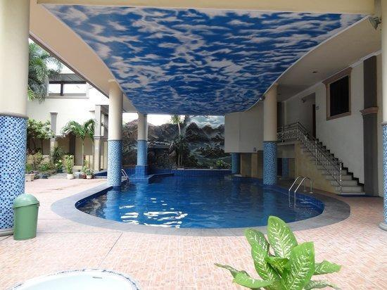 Hotel Rama Garden Palu - Swimming Pool
