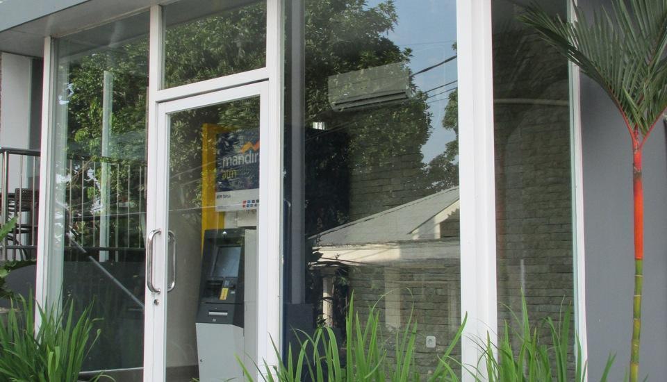 MaxOne Hotel Belitung - ATM CENTER