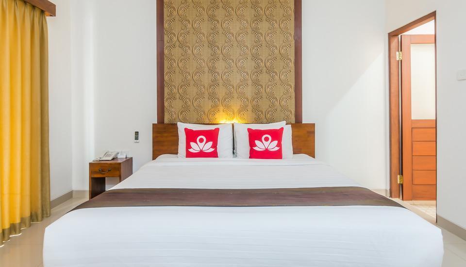 ZenRooms Kerobokan Persada - Tampak tempat tidur double