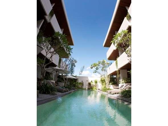 Sunset Mansion Bali - Bangunan dengan pemandangan Kolam Renang