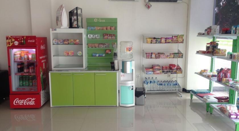 eBizz Hotel Jember - Minimarket